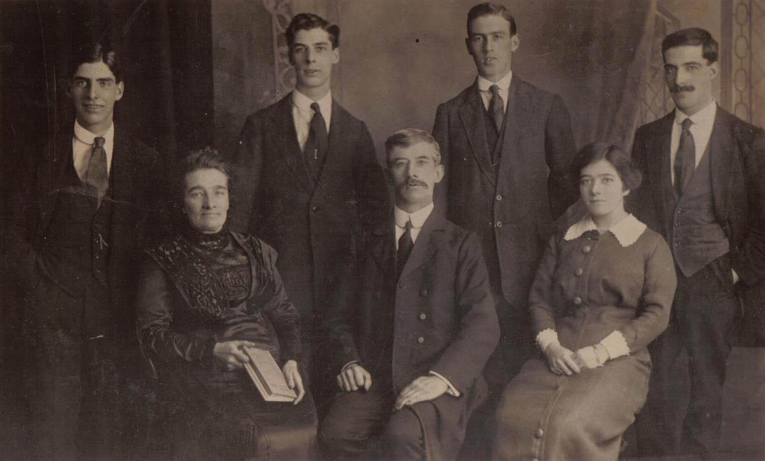 Fred Bush & Family 1918
